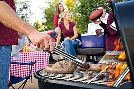 Your tailgate doesn't need to  include lunch or take this much time, although it does look like fun. Ten minutes should do it.